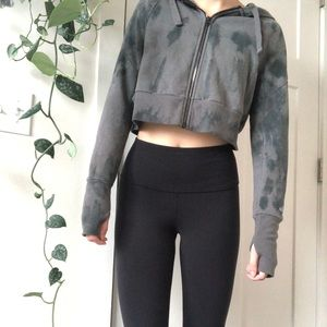 Alo Yoga Cropped Zip-Up
